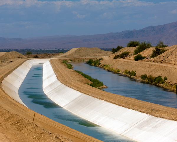 Photo with Coachella Canal Lining Visable
